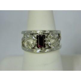R937 ~ 18k Ruby & Diamond Ring