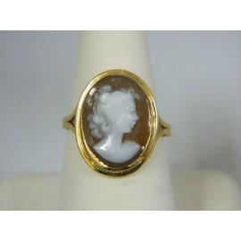 R252 ~ 14k Vintage Cameo Ring