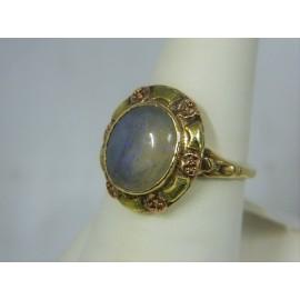 R277 ~ 10k Vintage Opal Ring