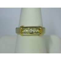 R565 ~ 14k Diamond Band
